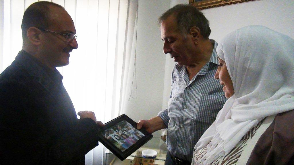 يحيى صالح يستقبل الشاعر عمر الفرا